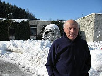 Pierre Cartier (mathematician) - Image: Pierre Cartier 2009