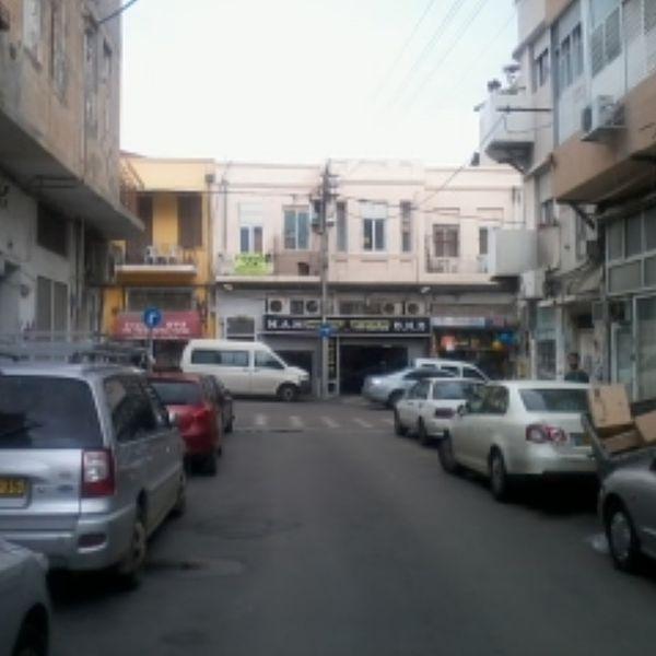 ירושלמי בתל אביב