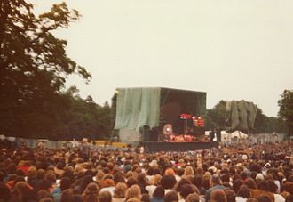 Concerts at Knebworth House - Pink Floyd in 1975