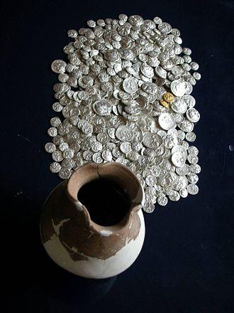Pistiros - Coin hoard (3rd century BCE) found in Pistiros