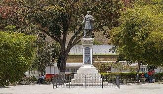 Cristóbal Mendoza - Plaza Cristobal Mendoza in Trujillo, showcasing a statue of Mendoza.