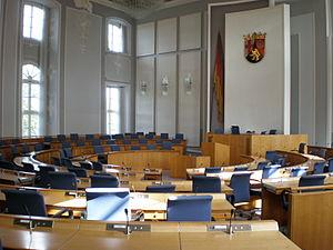 Landtag of Rhineland-Palatinate - Image: Plenarsaal Landtag RLP