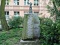 Pomnik Pawła Edmunda Strzeleckiego na Łazarzu w Poznaniu.jpg