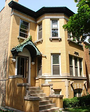 Polish flat - A two-flat in Chicago's Portage Park neighborhood