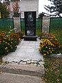 Potapov monument in Andriyivka.jpg