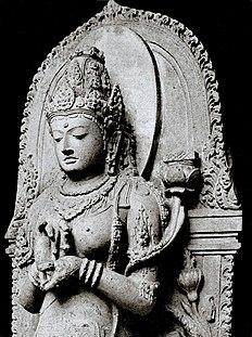 Prajñāpāramitā, la  déité personnifiant la «perfection de sagesse», plus précisément l'«intelligence intuitive transcendante». Étymologiquement «Prajñā» se trancrirait par «pro- gnose»