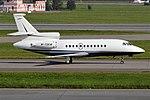 Private, M-TSKW, Dassault Falcon 900C (43587511845).jpg