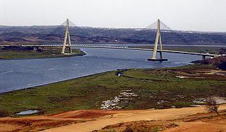 Guadiana International Bridge - Image: Puente sobre el Guadiana