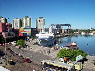 La Boca - Image: Puerto La Boca Riachuelo Transbordador