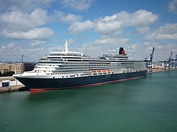 Queen Elizabeth in Cádiz 17.10.2010.JPG