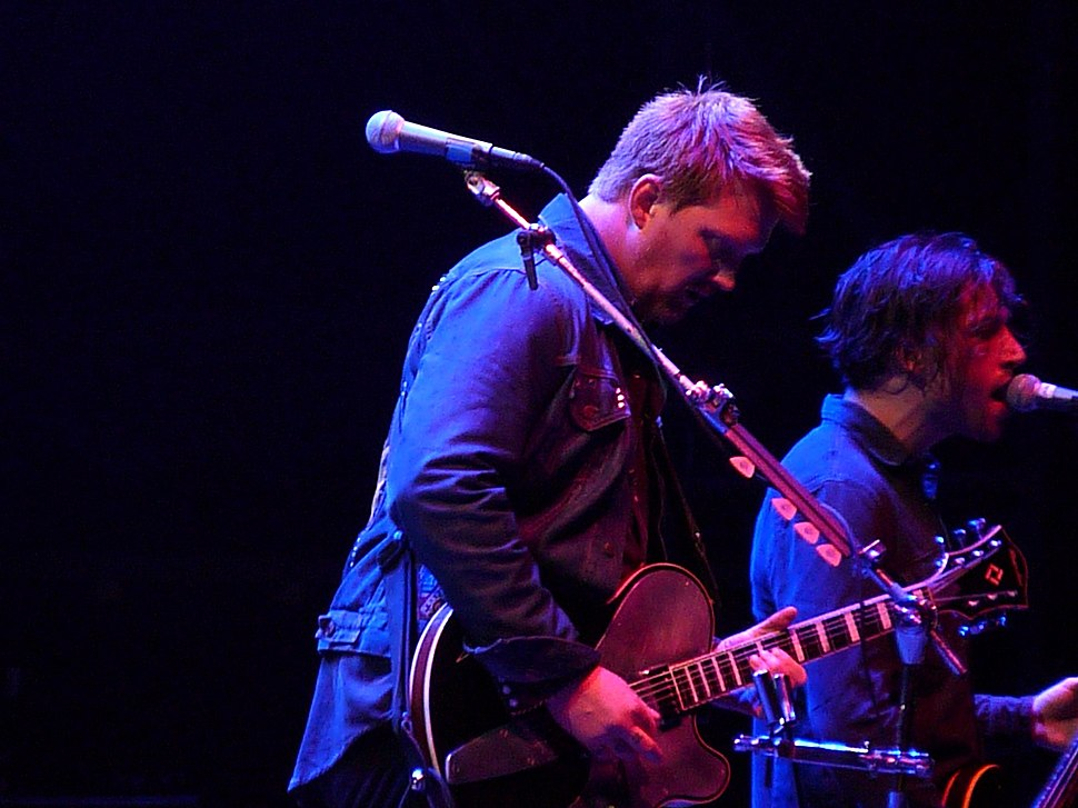 Queens of the stone age 2011