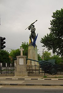 RO IF Tunari World War I heroes monument.jpg