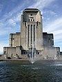 Radio Kootwijk met fontein.jpg