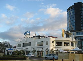 Canning Highway - The Raffles Hotel