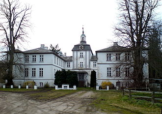 schloss rantzau rantzau wikipedia. Black Bedroom Furniture Sets. Home Design Ideas