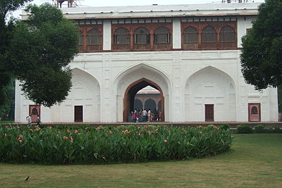 Red-Fort-gardens.JPG