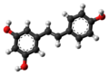 Resveratrol molecule ball from xtal.png