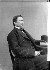 Revd D Williams, Llanybydder