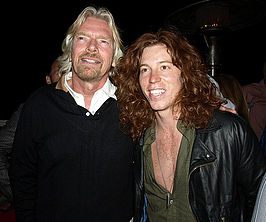 Shaun White (rechts) met Richard Branson in april 2009