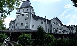 Riverside Inn (Cambridge Springs, Pennsylvania) - Image: Riverside Inn, Cambridge Springs, PA