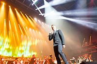 Ronan Keating - 2016330211229 2016-11-25 Night of the Proms - Sven - 5DS R - 0098 - 5DSR8614 mod.jpg