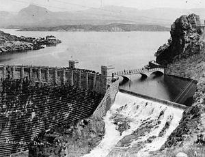 Theodore Roosevelt Dam - Image: Roosevelt dam 1915