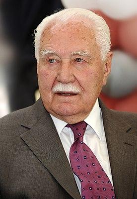 Ryszard Kaczorowski 2008 v2.JPG