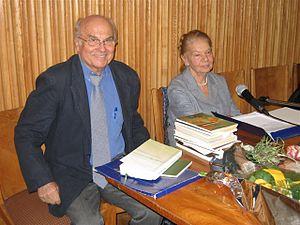 Ryszard Kapuściński - Kapuściński with Julia Hartwig in Warsaw, 2006