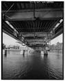 SWING SPAN TYPICAL PANEL DETAIL. - DeSiard Street Bridge, Spanning Ouachita River, Monroe, Ouachita Parish, LA HAER LA,37-MONR,4-12.tif