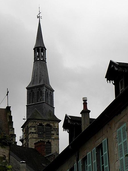 Église Sainte-Croix de Saint-Pourçain-sur-Sioule (03). Clocher.