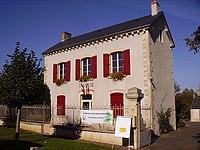 Saint-Quentin-sur-Nohain, Mairie.jpg