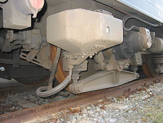 Sandbox (locomotive) - Sandbox and delivery pipe of a DB Class 103