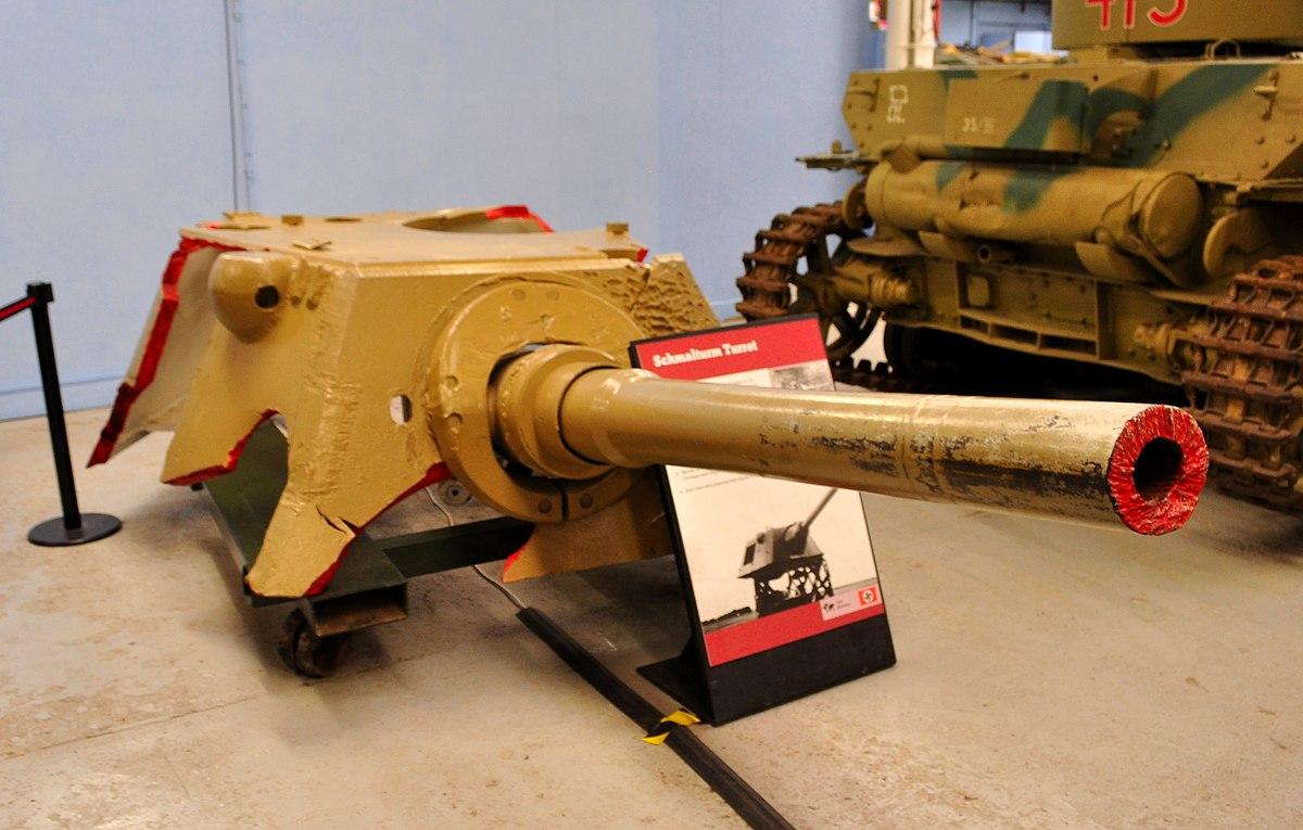 1200px-Schmalturm_at_the_Tank_Museum,_Bo