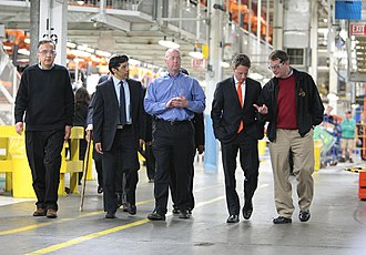 Sergio Marchionne - Chrysler Group CEO Sergio Marchionne (left-right), Congressman Hansen Clarke (MI-13), Plant Manager Pat Walsh, Secretary Tim Geithner, and UAW President Bob King on a tour of Jefferson North Assembly Plant (JNAP) in Detroit, on April 2011