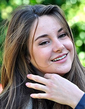 Shailene Woodley - Woodley in 2011.