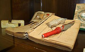 Shiv (weapon) - Shivs hidden in a book, Hong Kong.