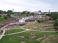 Sioux falls sd falls park.jpg
