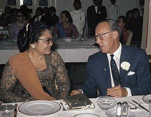 Siti Hartinah - Siti Hartinah and Bernhard of Lippe-Biesterfeld in 1971