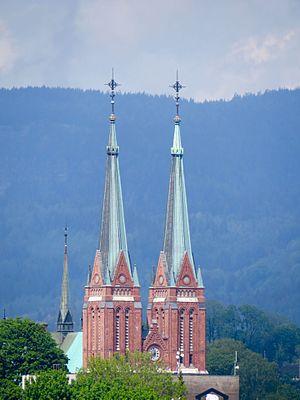 Skien Kirke (tvillingetårn)