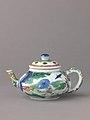 Small covered wine pot or teapot MET 1735 35tif.jpg