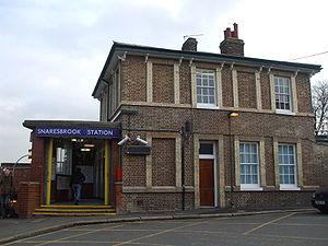 Snaresbrook tube station - Station entrance