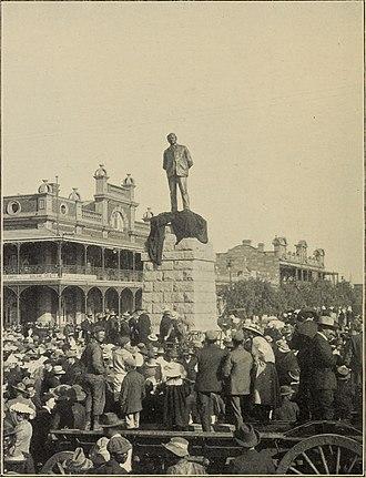 British diaspora in Africa - Unveiling a statue of Cecil Rhodes in Bulawayo in 1909