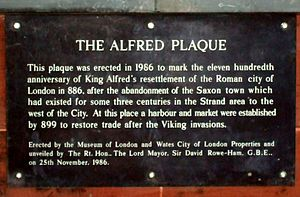 City of London - Plaque near Southwark Bridge noting the activities around the time of King Alfred.