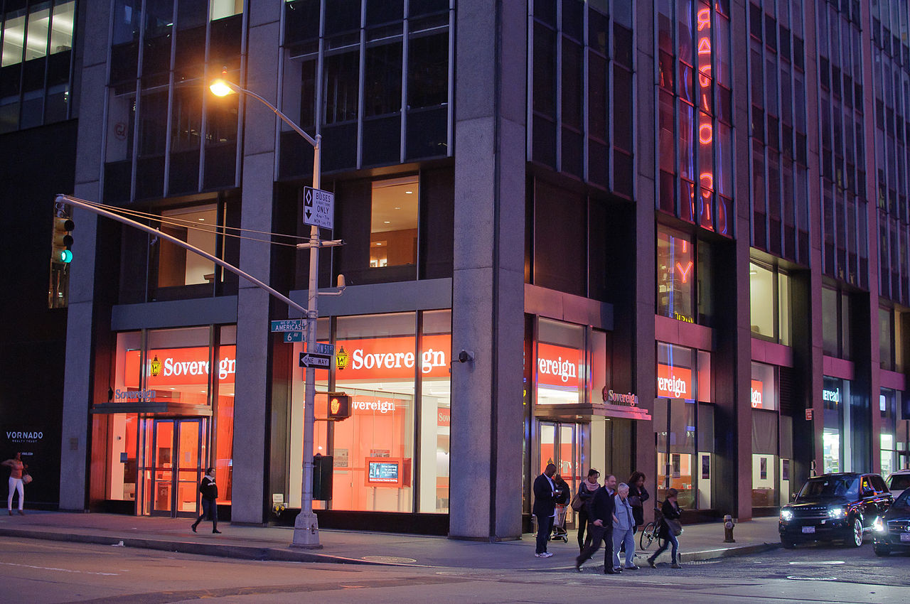 File sovereign bank at the intersection of west 51st for 1290 avenue of the americas sixth floor