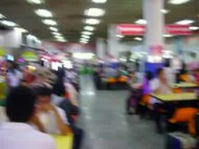 ไฟล์:Standing for Thai National Anthem, Mo chit Bus Terminal, Bangkok, Thailand.ogv