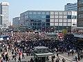 Start of the Mietenwahnsinn demonstration in Berlin 06-04-2019 07.jpg