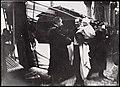 """Statsminister Christian Michelsen mottar kong Haakon 7 og kronprins Olav ombord det norske marinefartøyet """"Heimdal"""", 25. november 1905 (8588724605).jpg"""