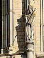 Statue de Saint Remi Basilique Reims 130208.jpg