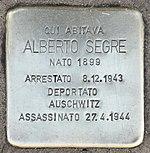 Pietra d'inciampo per suo padre Alberto Segre, Milano 2017