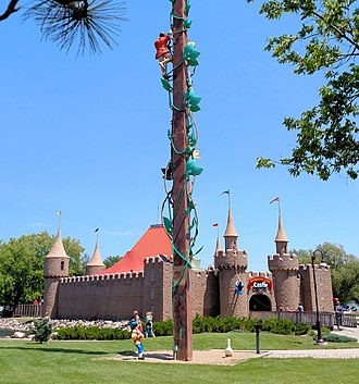 Aberdeen, South Dakota - Storybook Land Castle with Jack and the Beanstalk in the foreground